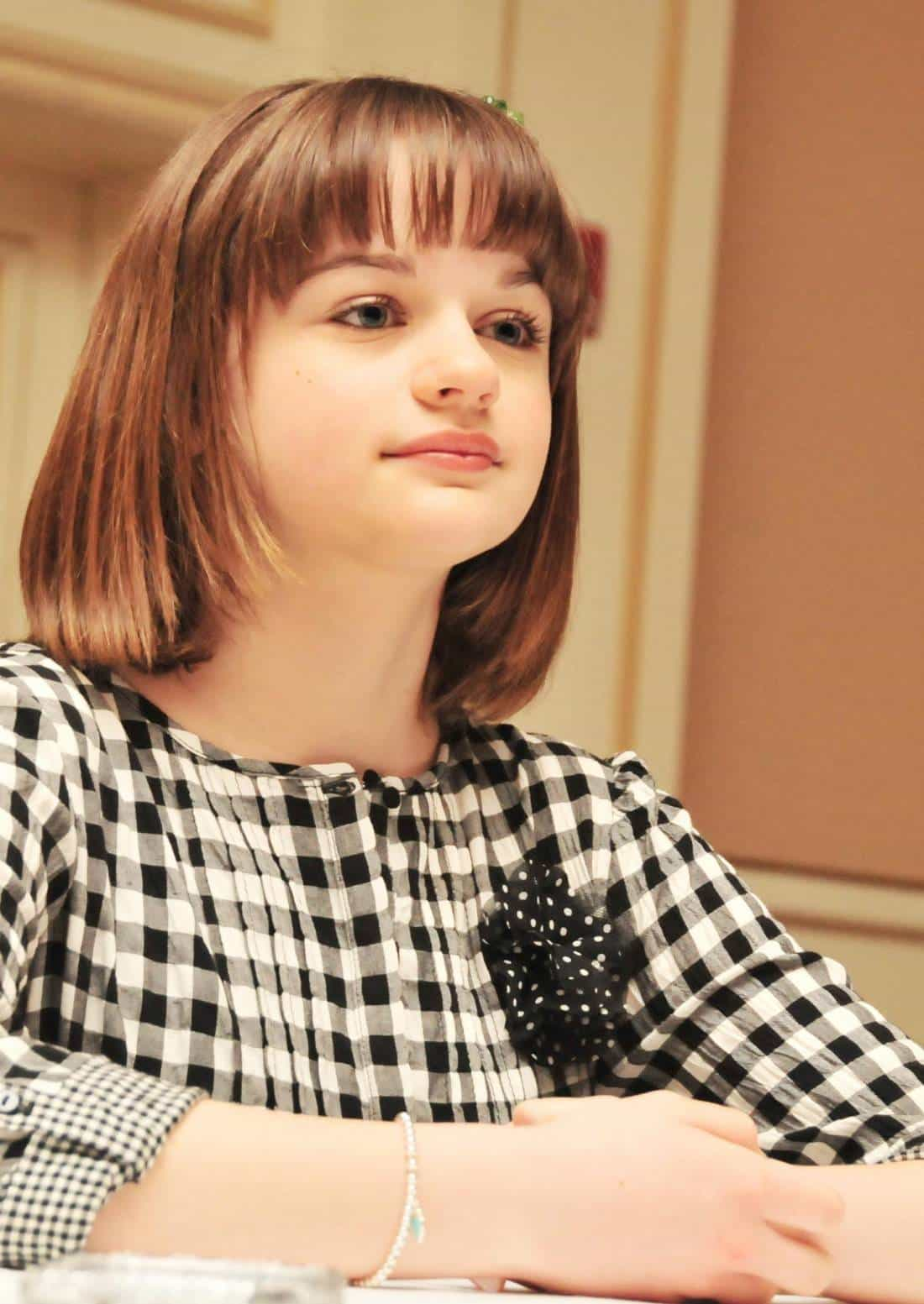 One To Watch – Joey King Talks About China Girl, Pranking James Franco, And The Swear Pig #disneyozevent