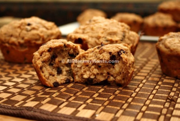 Oatmeal Peanut Butter Chocolate Chip Muffins – 4 Weight Watchers Freestyle Points Each