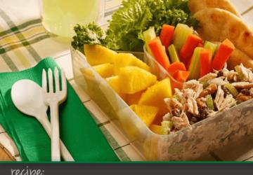 Recipe: Nutty Tuna Salad Pita – 7 Weight Watchers Points