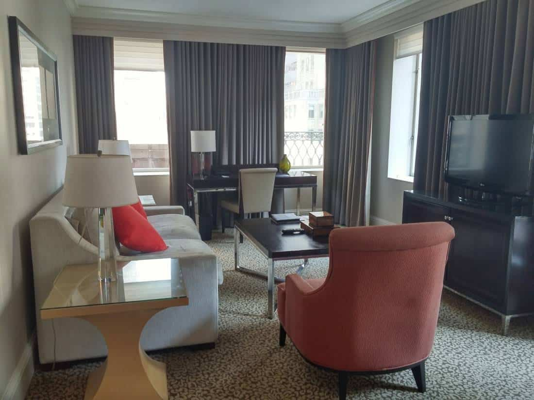 Luxury And Convenience At Omni Berkshire Nyc (a Video Tour)