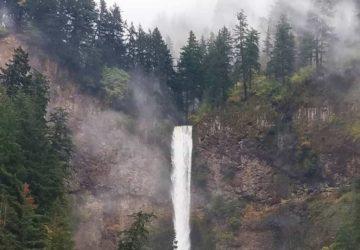 Hiding Treasures At Multnomah Falls, Oregon