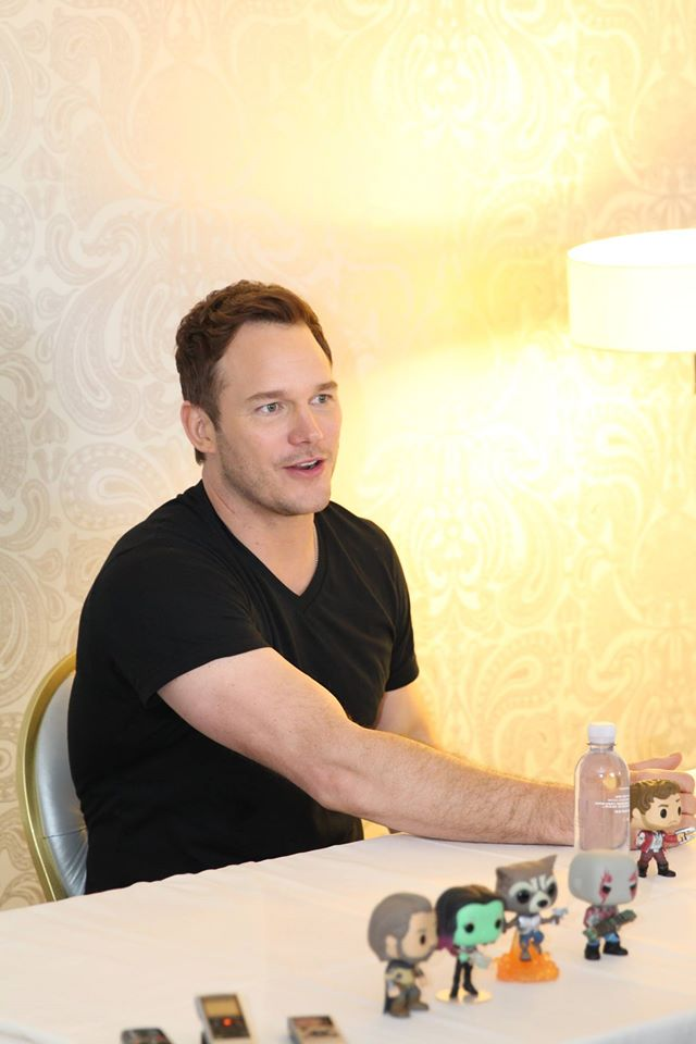 Chris Pratt Confirms An Easter Egg About Peter Quill's Favorite Snack & More (interview)