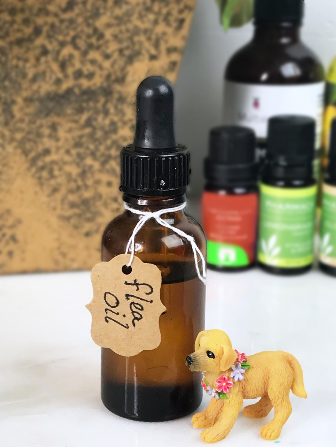How To Make All Natural Flea Drops For Cats & Dogs