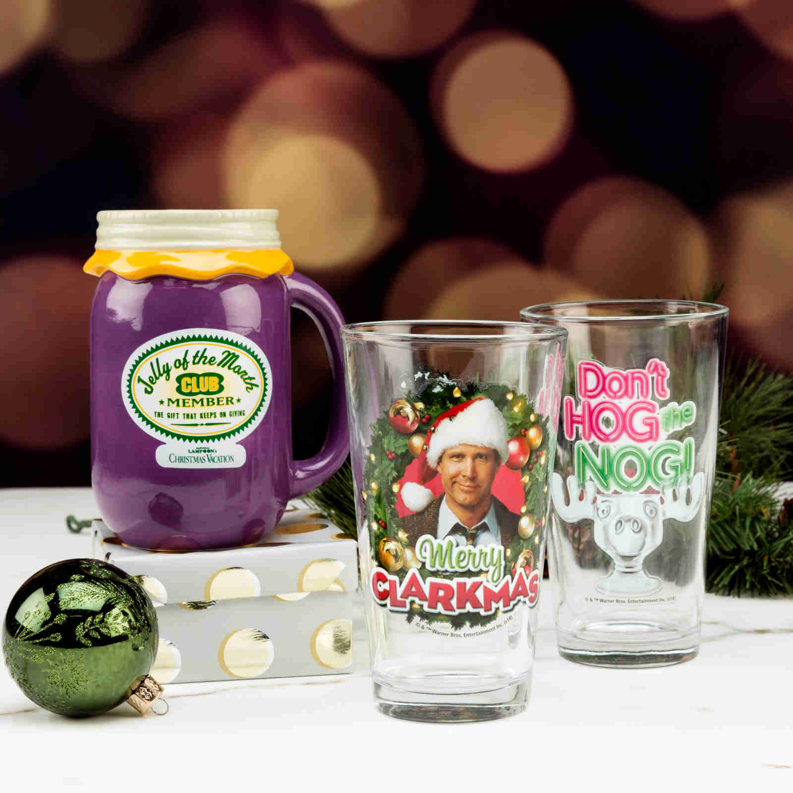 How To Have A Perfect Christmas Movie Night (featuring Zak Designs Novelty Mugs)