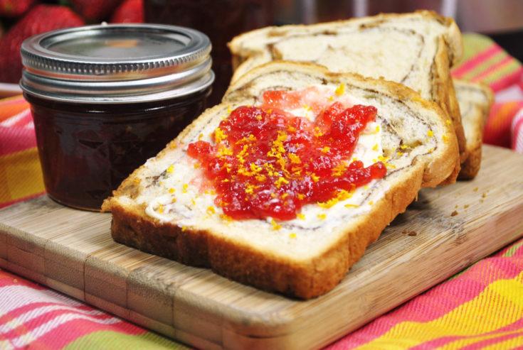 Instant Pot Fresh Strawberry Jam – 3 Ingredients
