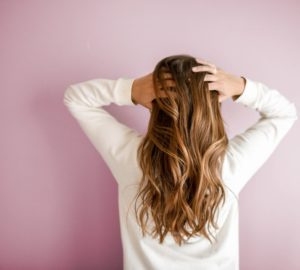 3 Most Popular Hair Extension Methods: Pros And Cons