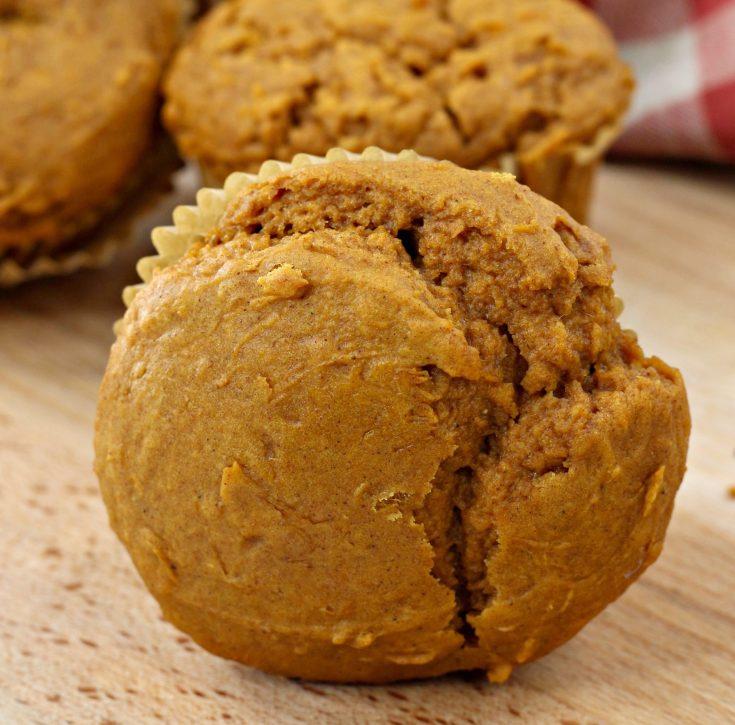 2 ingredient pumpkin muffins card